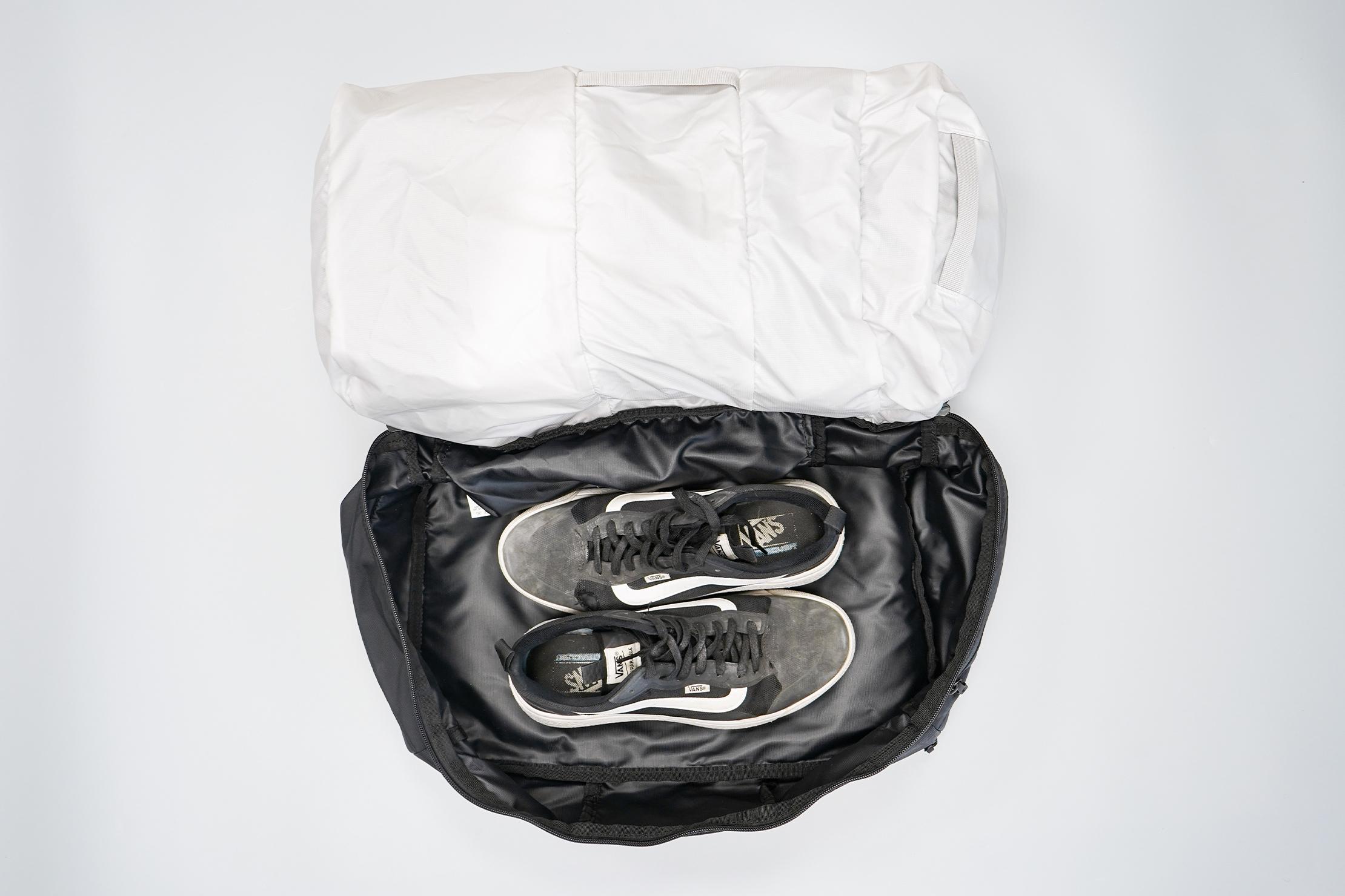 Matador SEG30 Backpack | Clamshell compartment