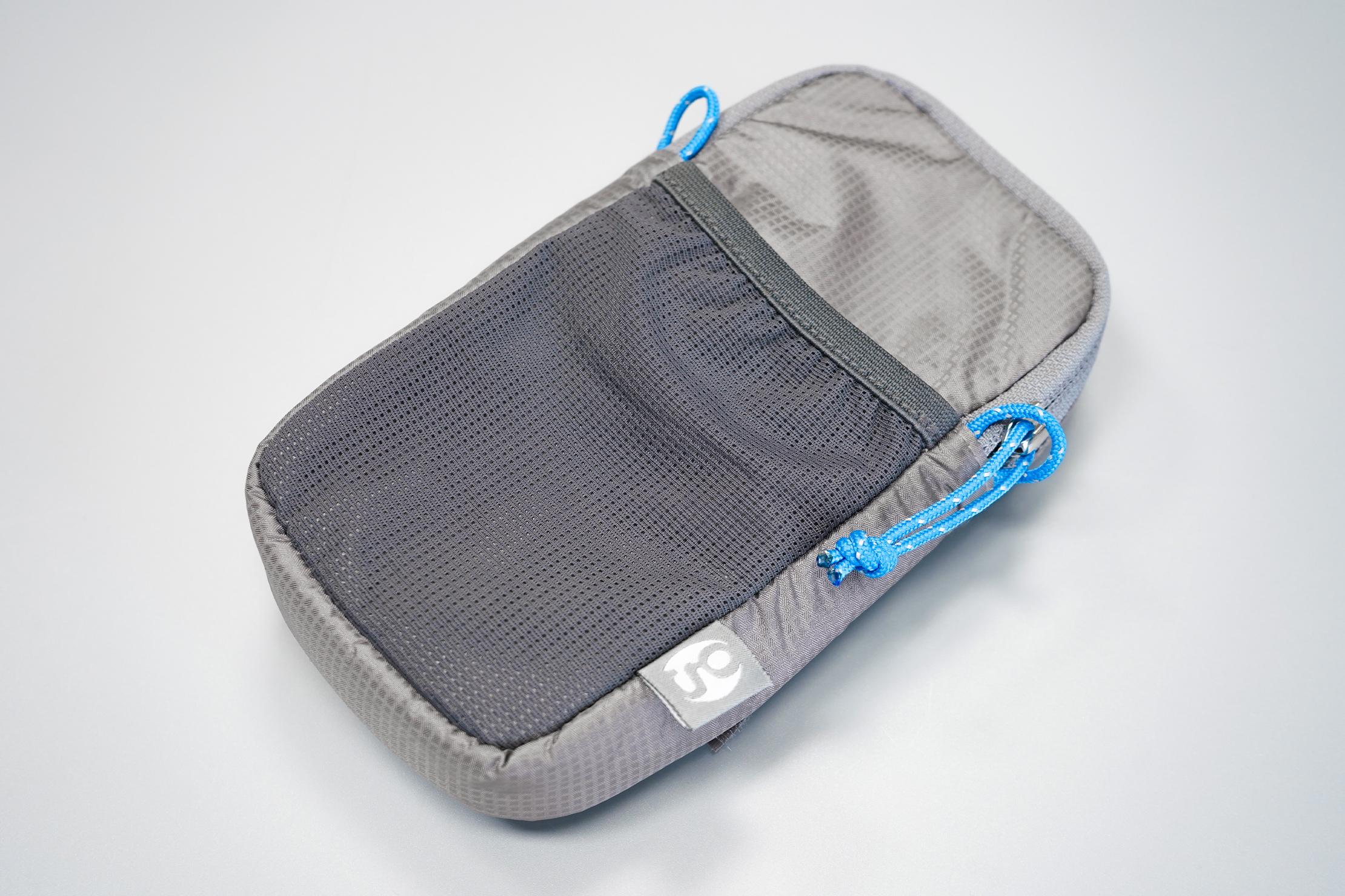 Gossamer Gear Shoulder Strap Pocket | Materials, branding, and zipper