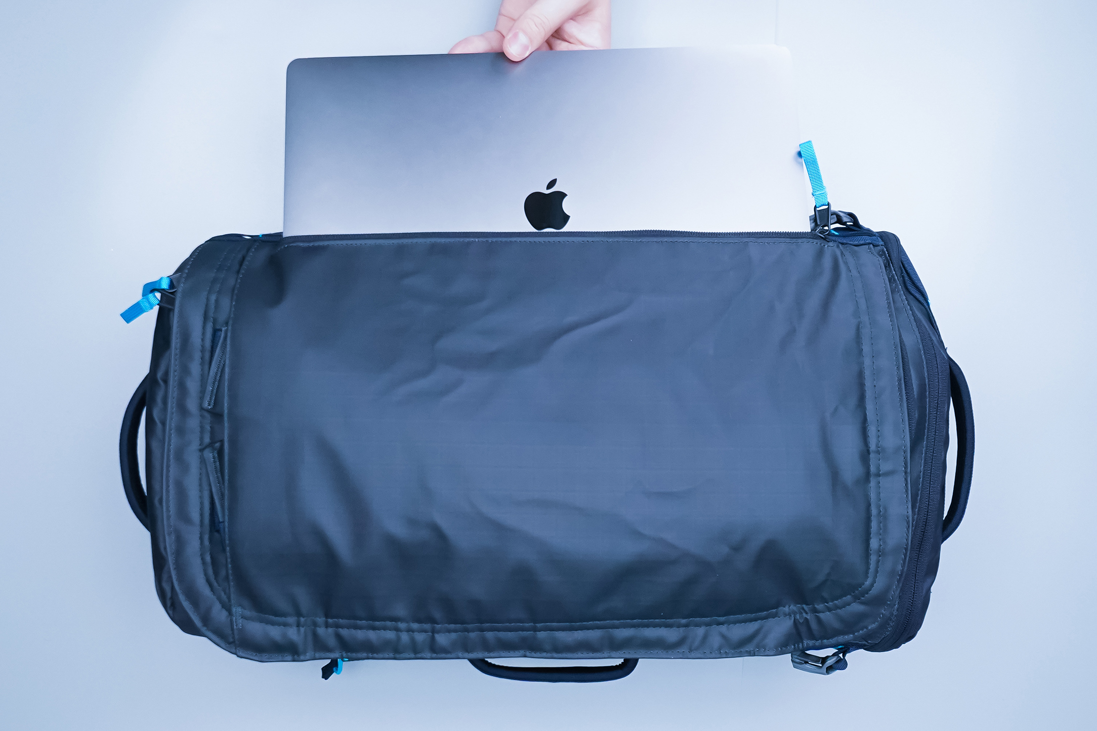 The North Face Base Camp Voyager 32L Laptop Sleeve