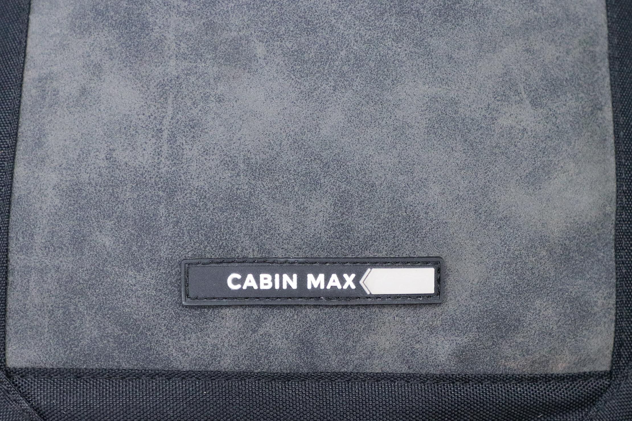 Cabin Max Manhattan Stowaway XL logo and material