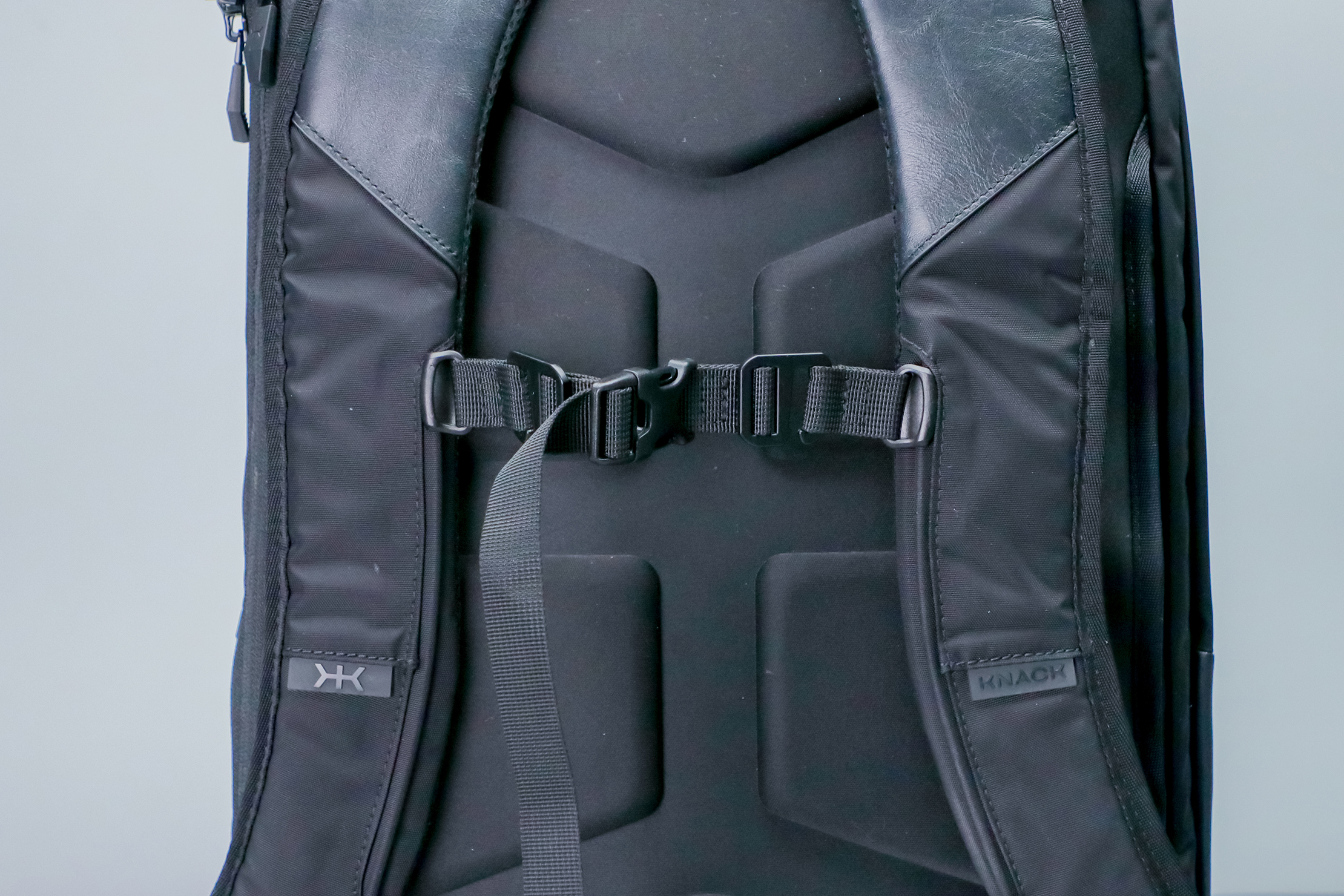 Knack Medium Expandable Pack Series 2 harness system