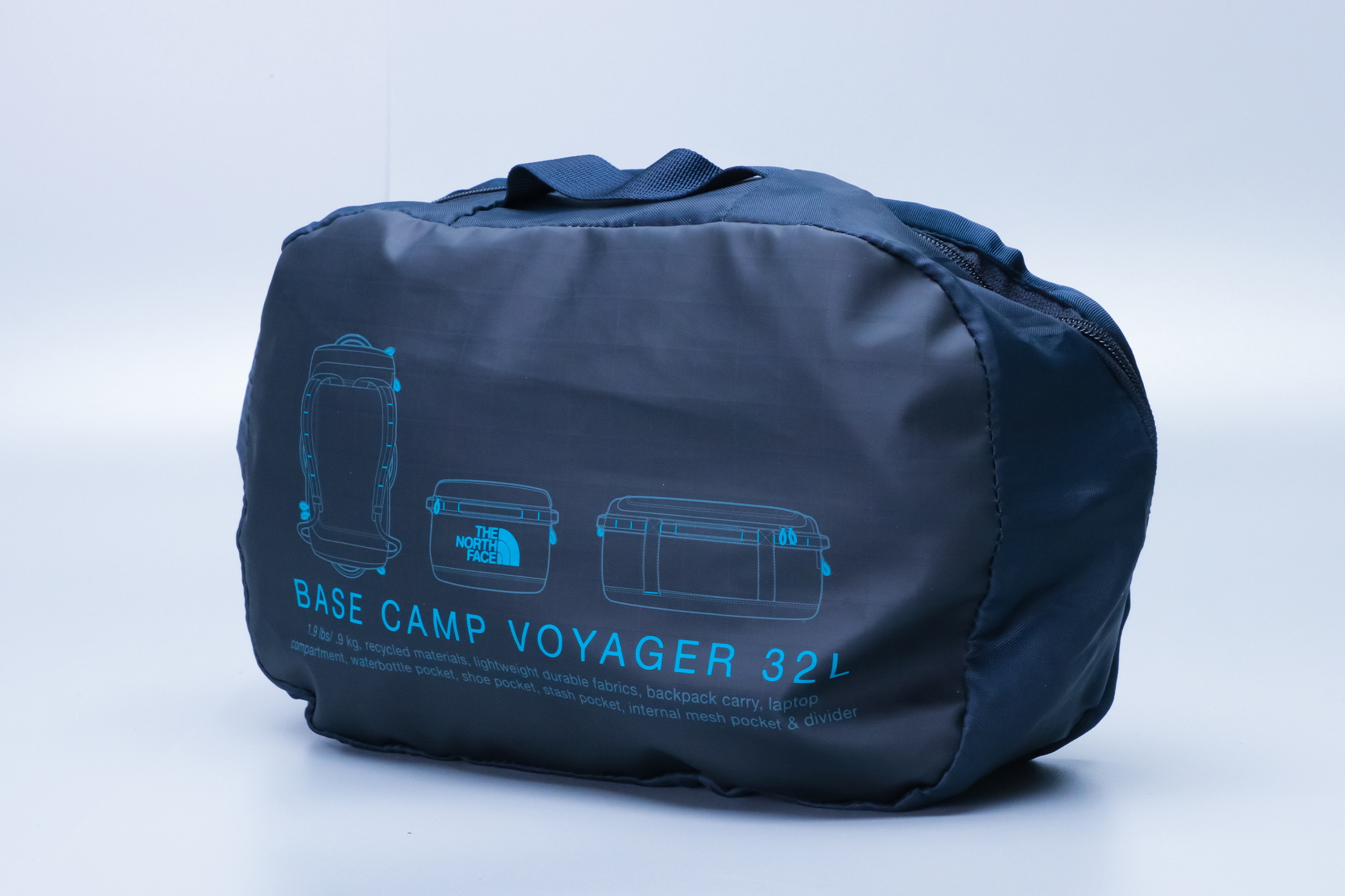 The North Face Base Camp Voyager 32L Compressed