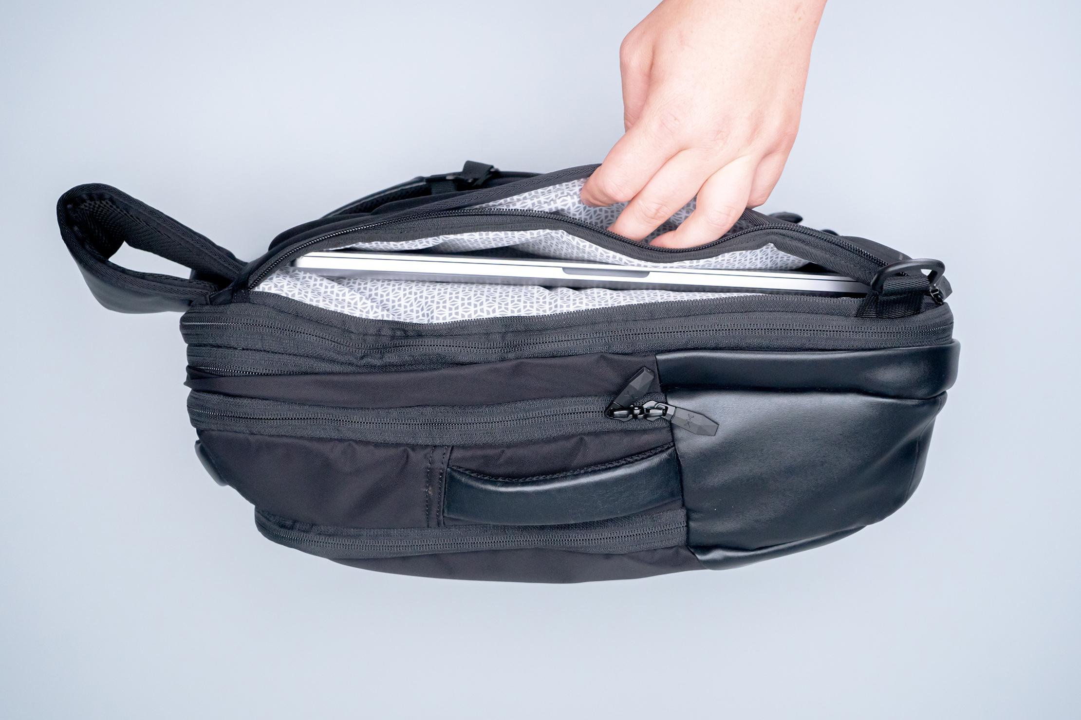Knack Medium Expandable Pack Series 2 exterior back pockets