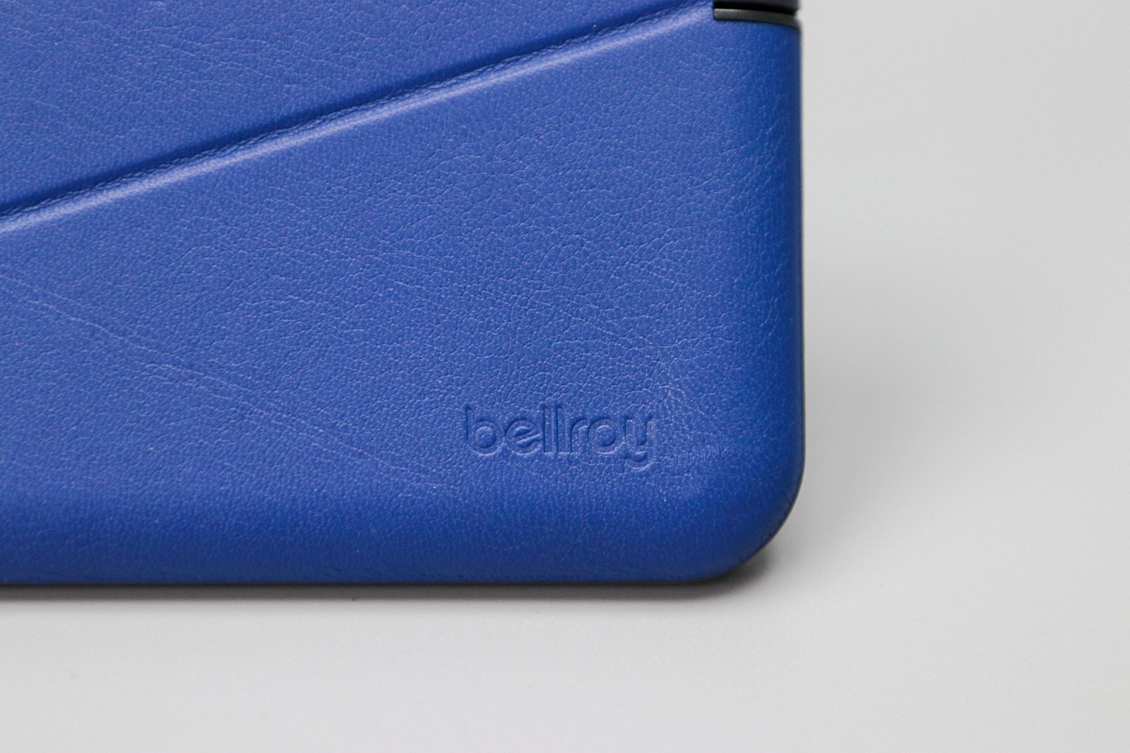 Bellroy Flip Case Logo
