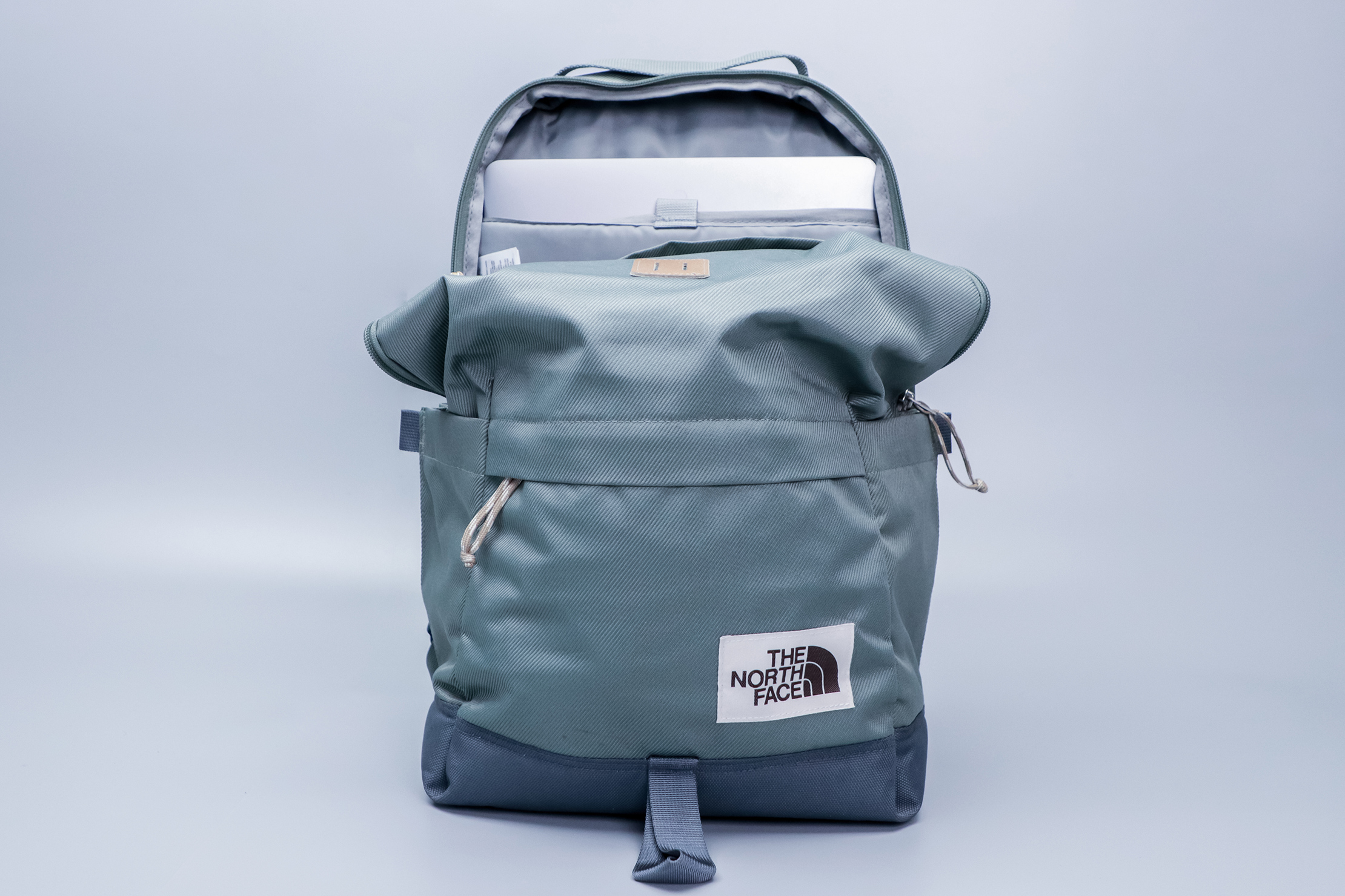 The North Face Daypack slump in front