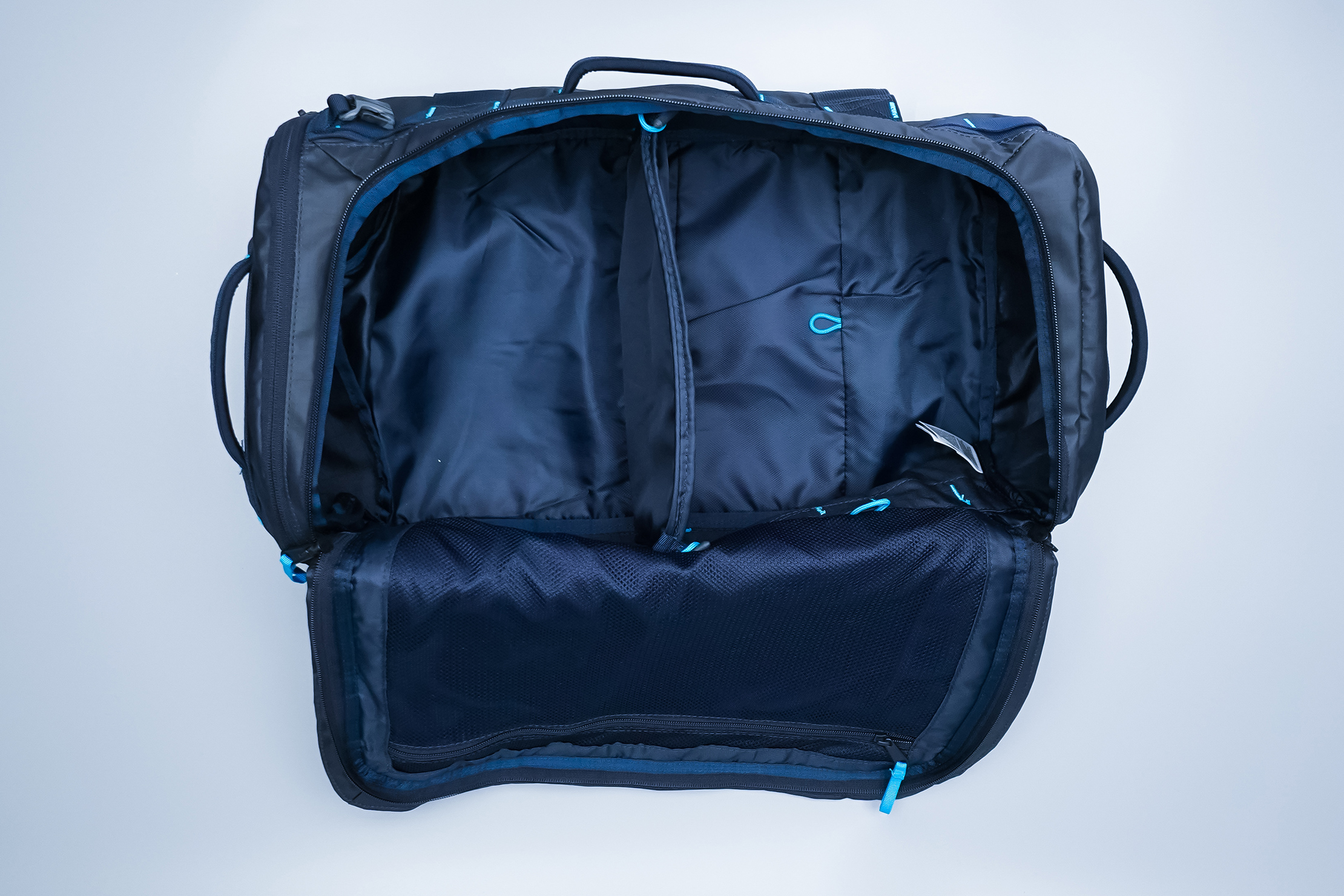 The North Face Base Camp Voyager 32L Main Compartment