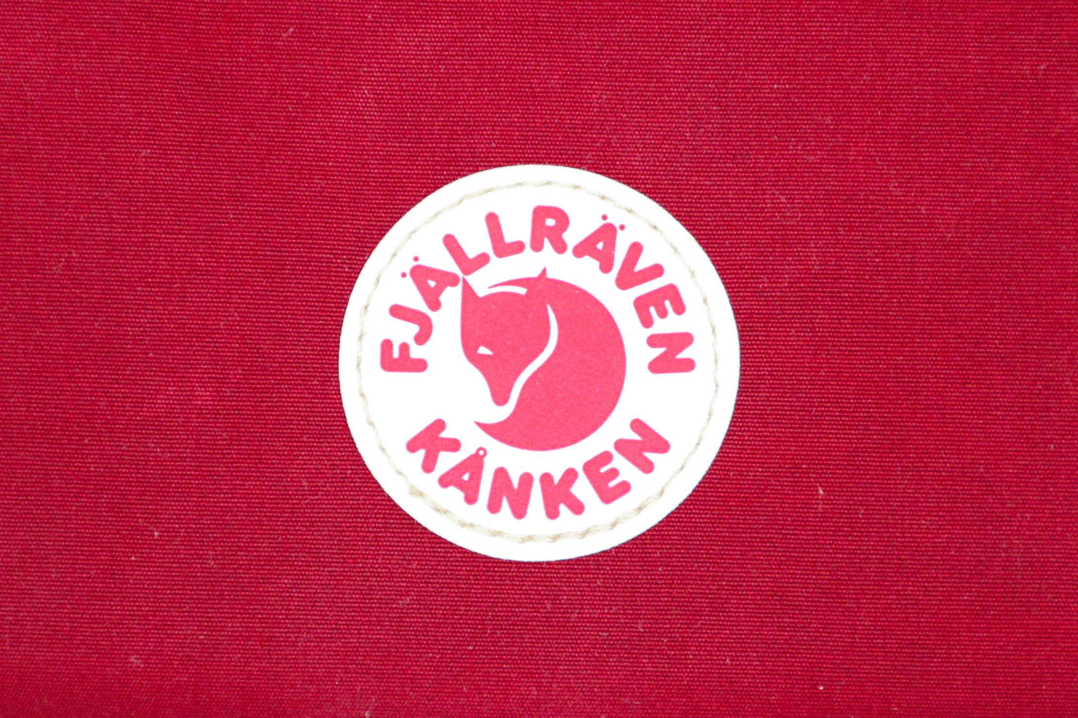 Fjallraven Kanken Travel Wallet Logo