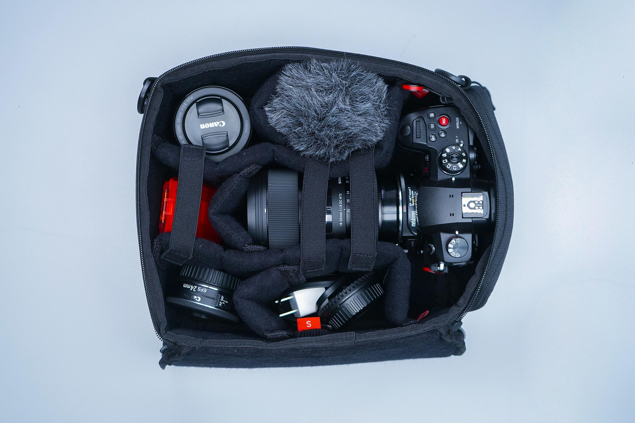 WANDRD Essential Deep Camera Cube Inside
