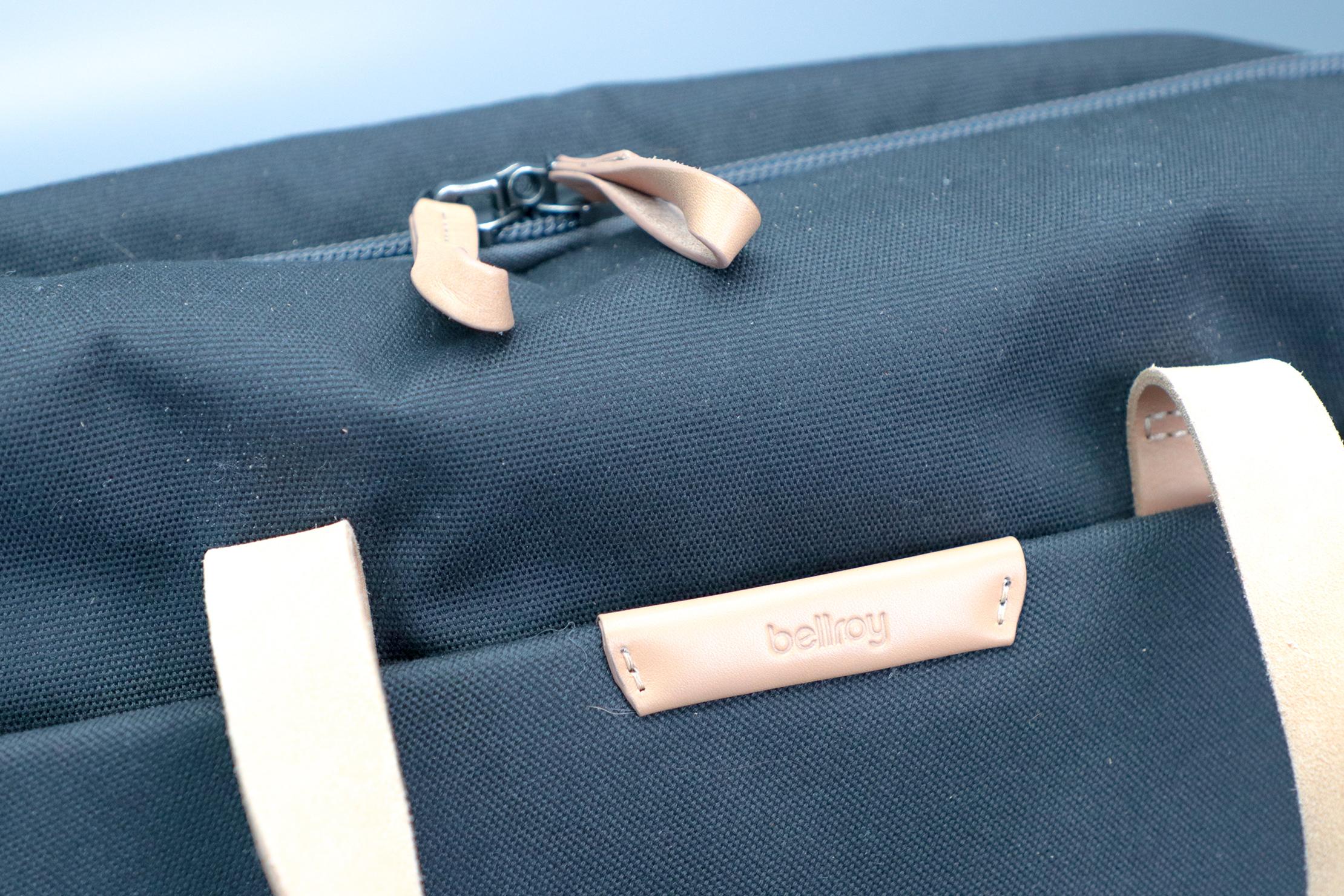 Bellroy Flight Bag Logo Zippers