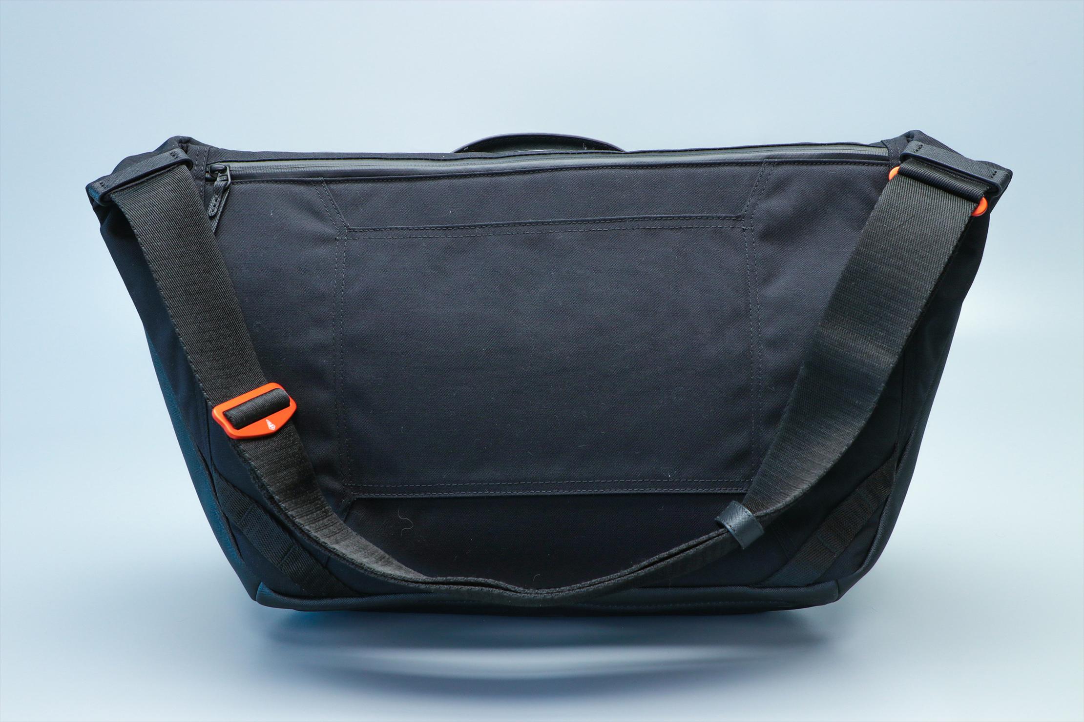Agency Aspect Hybrid Messenger Bag Studio 1