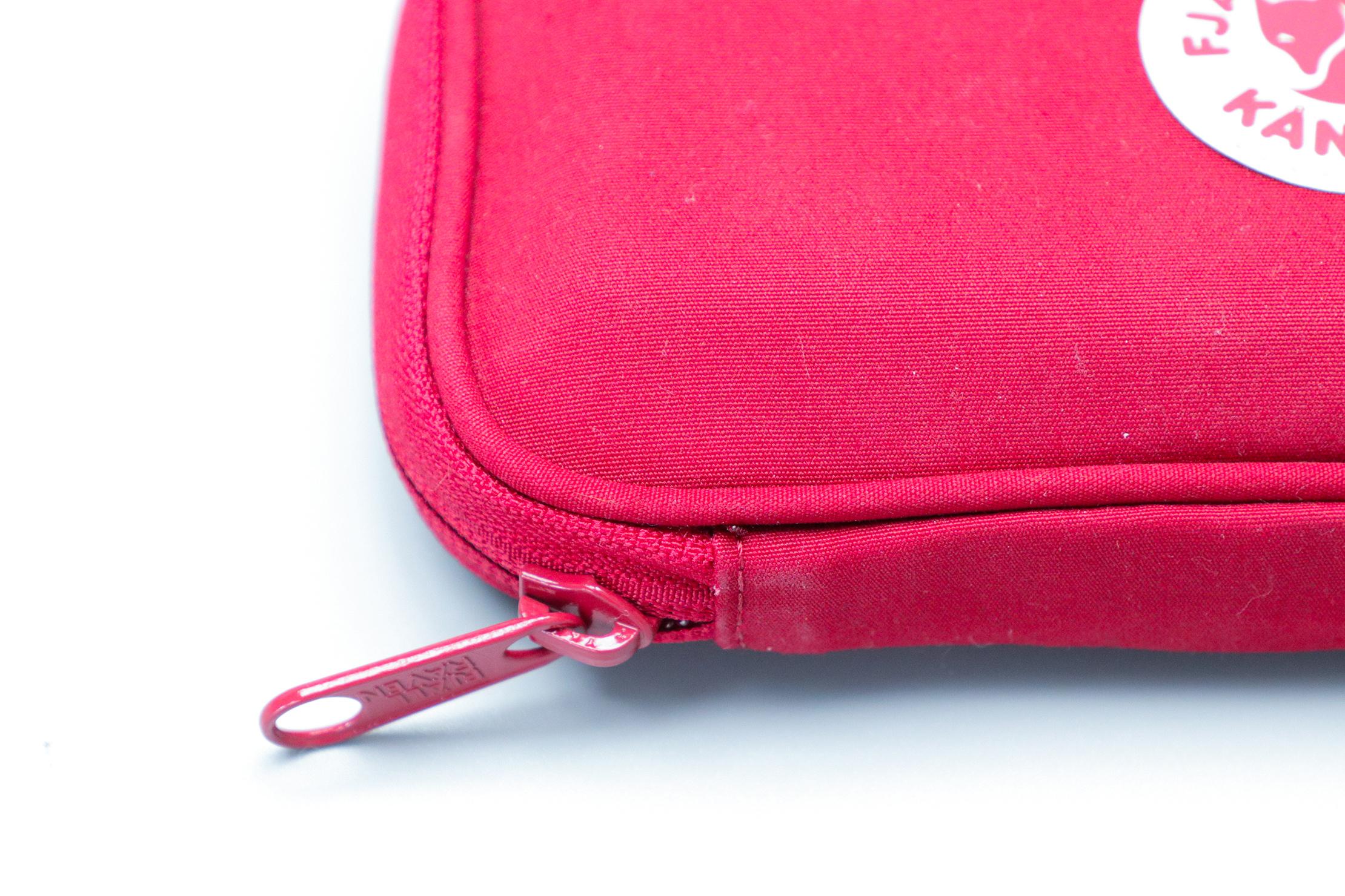Fjallraven Kanken Travel Wallet Zipper
