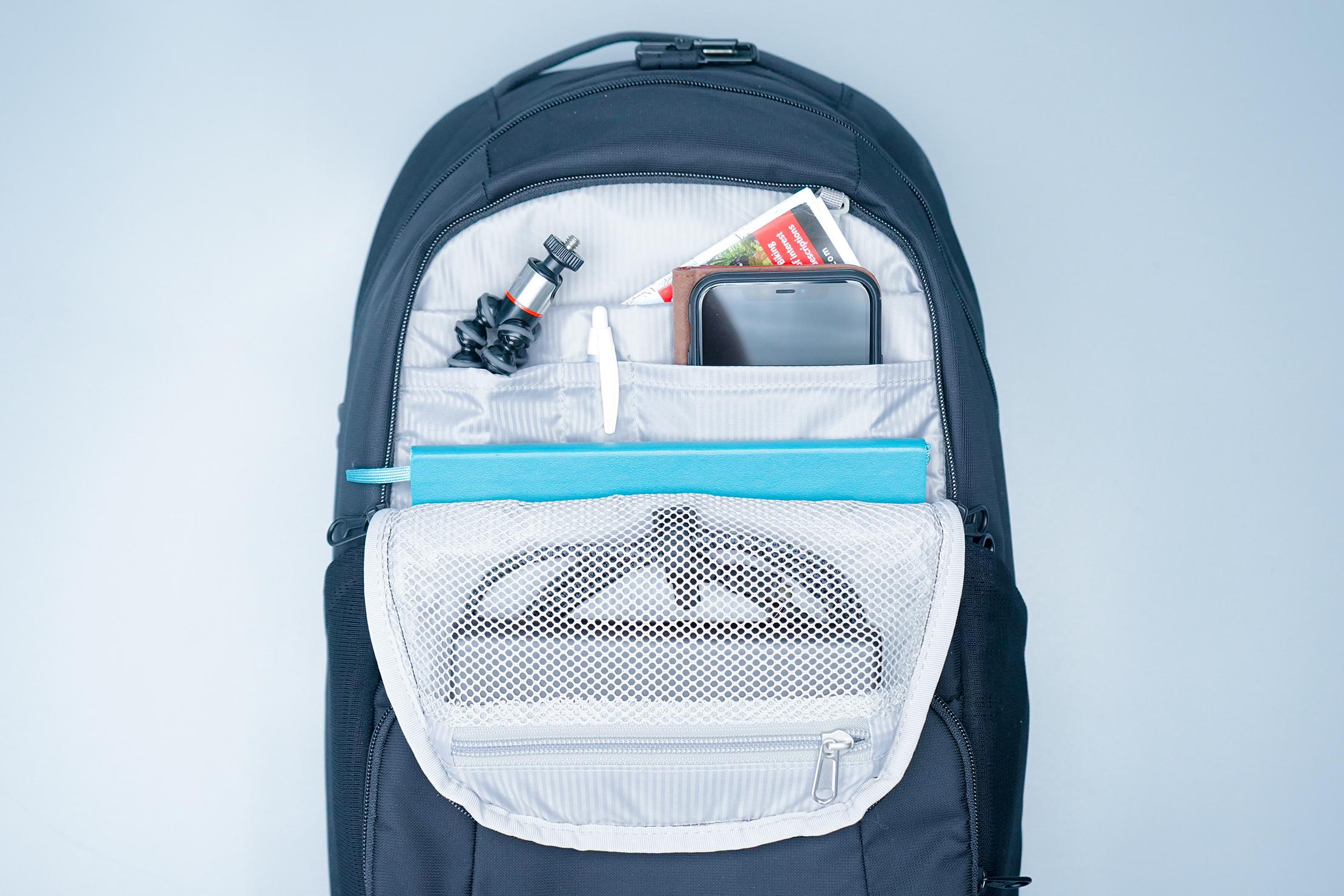 Pacsafe Metrosafe LS450 Anti-Theft Backpack Front Top Pocket