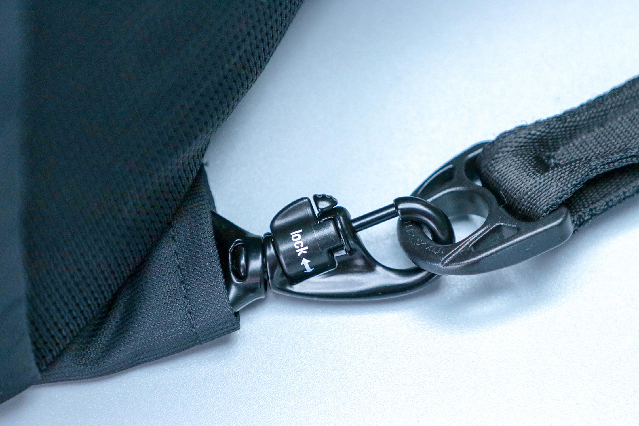 Pacsafe Metrosafe LS450 Anti-Theft Backpack Locking Clip