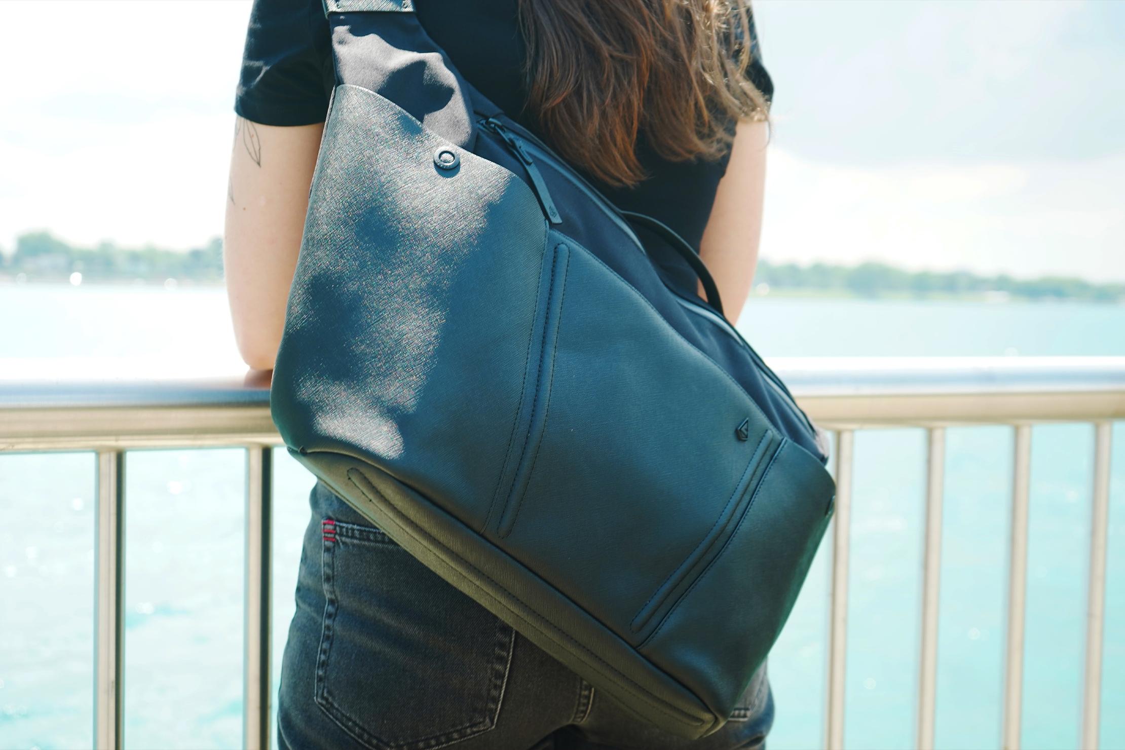 Agency Aspect Hybrid Messenger Bag Rail
