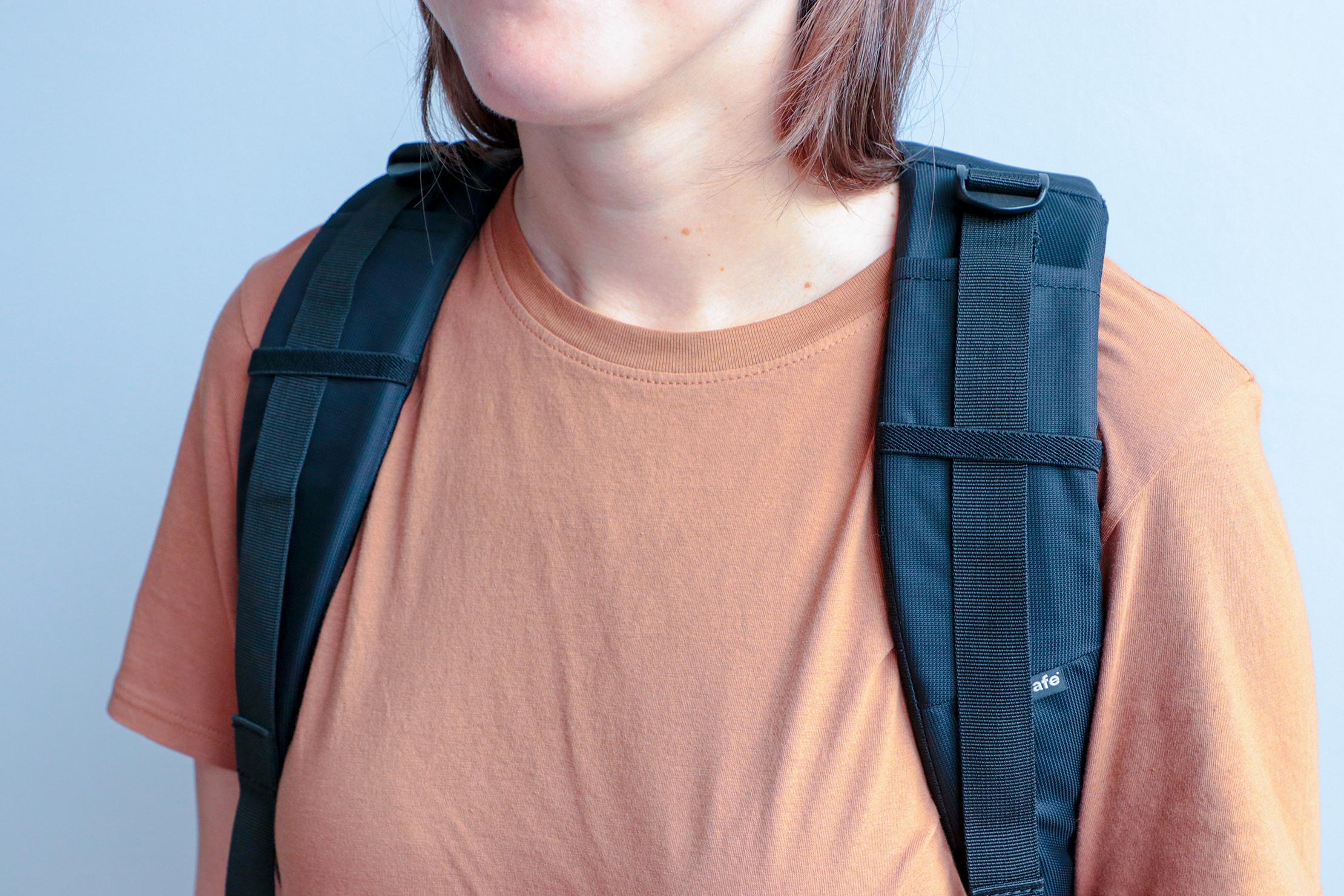 Pacsafe Metrosafe LS450 Anti-Theft Backpack Shoulder Straps