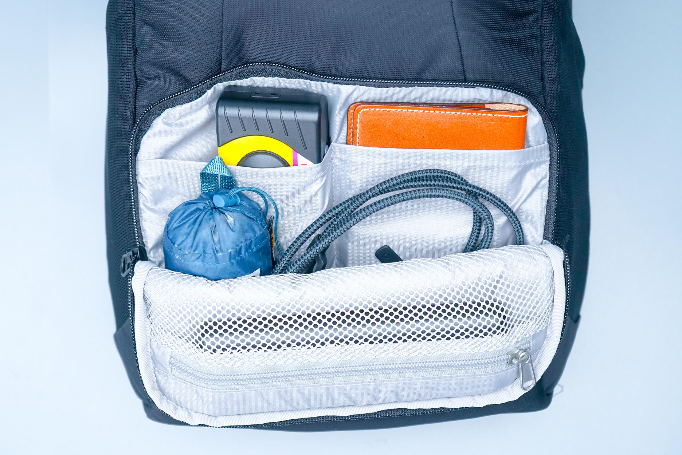 Pacsafe Metrosafe LS450 Anti-Theft Backpack Front Pocket