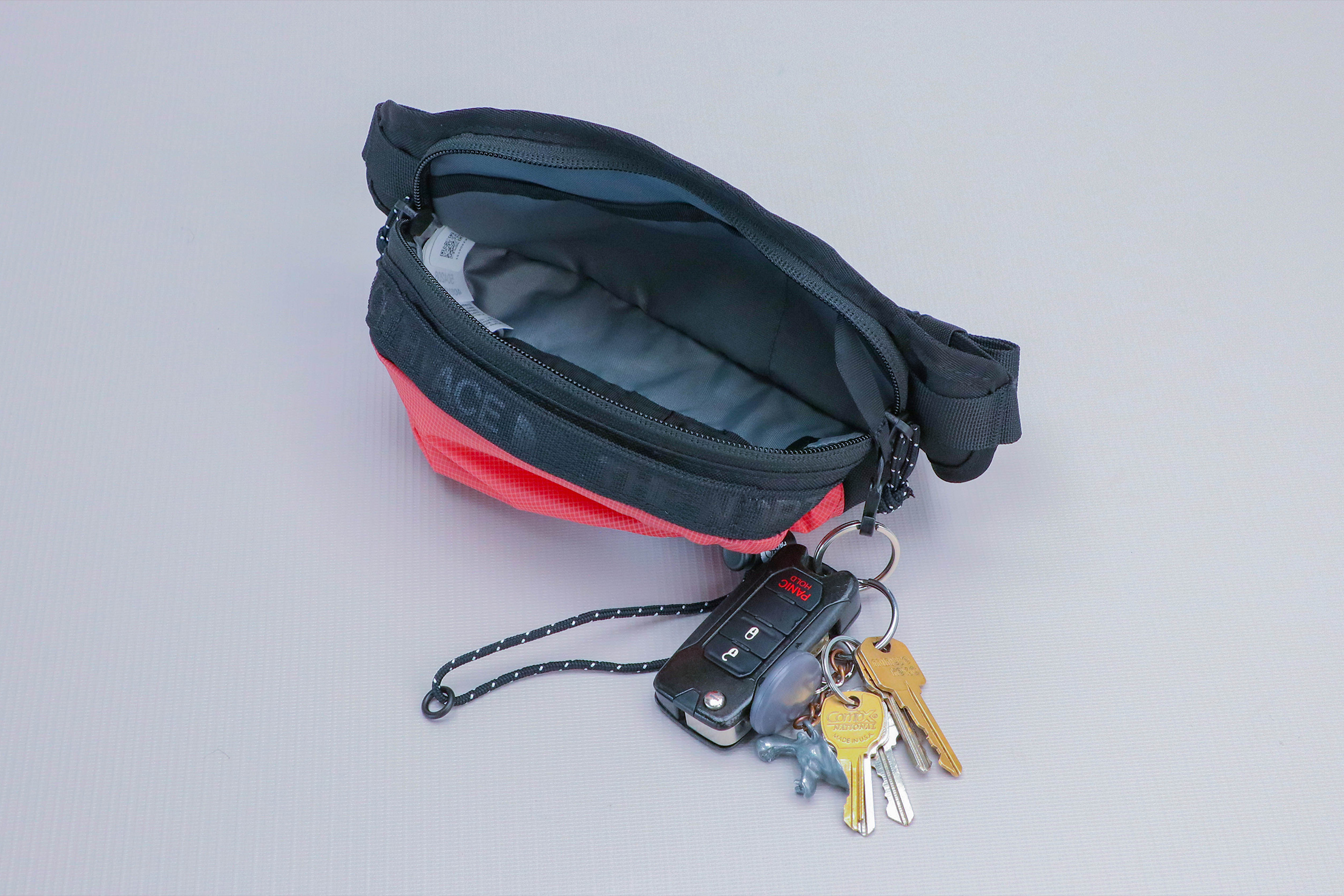 The North Face Bozer Hip Pack III Keys 2