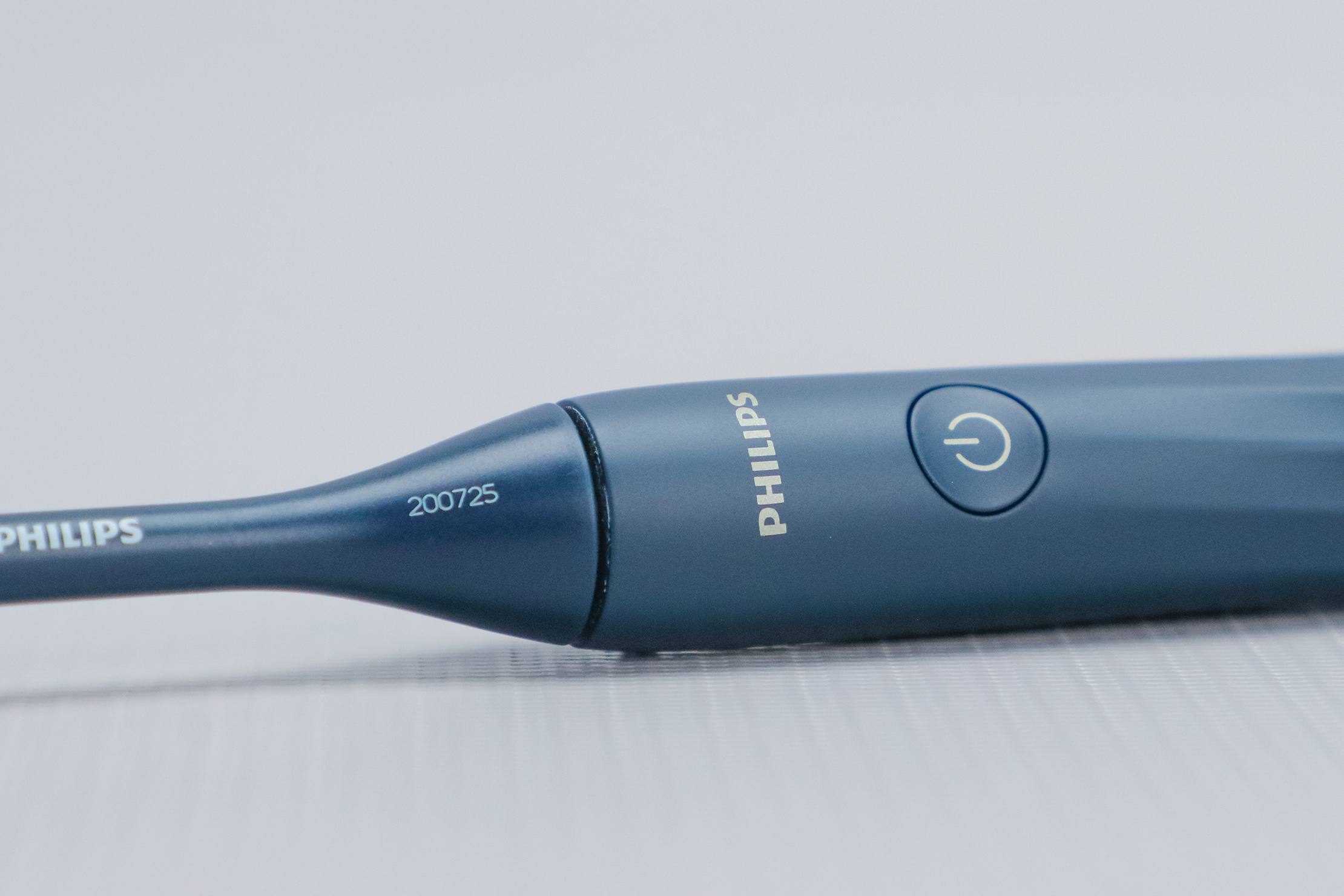 Philips One Battery Toothbrush by Sonicare Logo