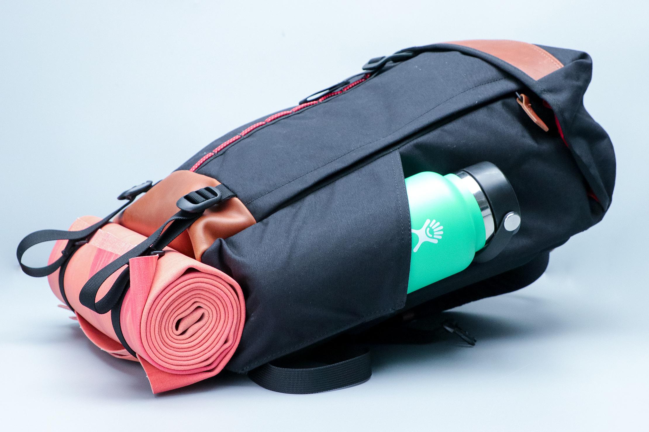 Danner 26L Daypack Yoga Mat