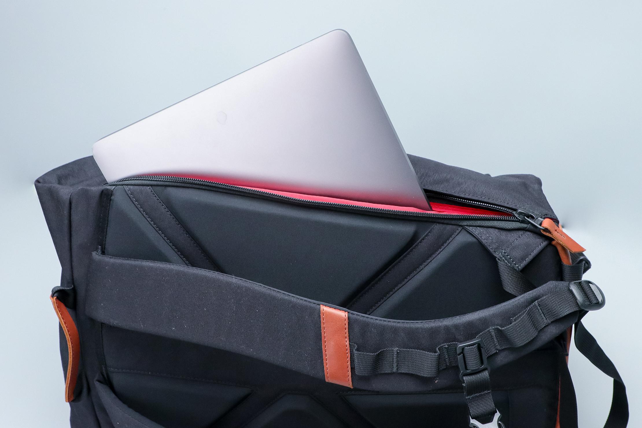 Danner 26L Daypack Laptop Pocket