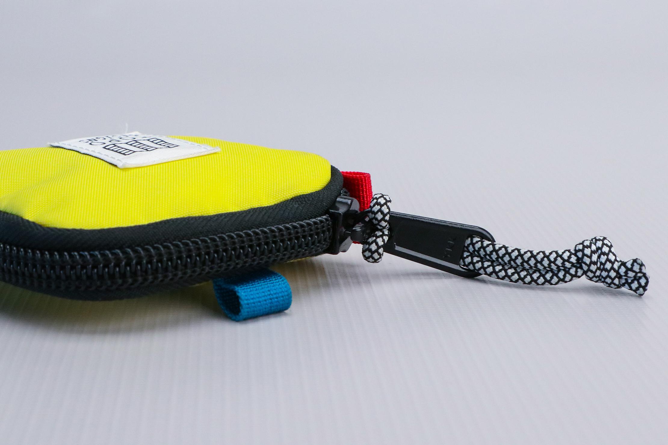 Topo Designs Square Bag zipper