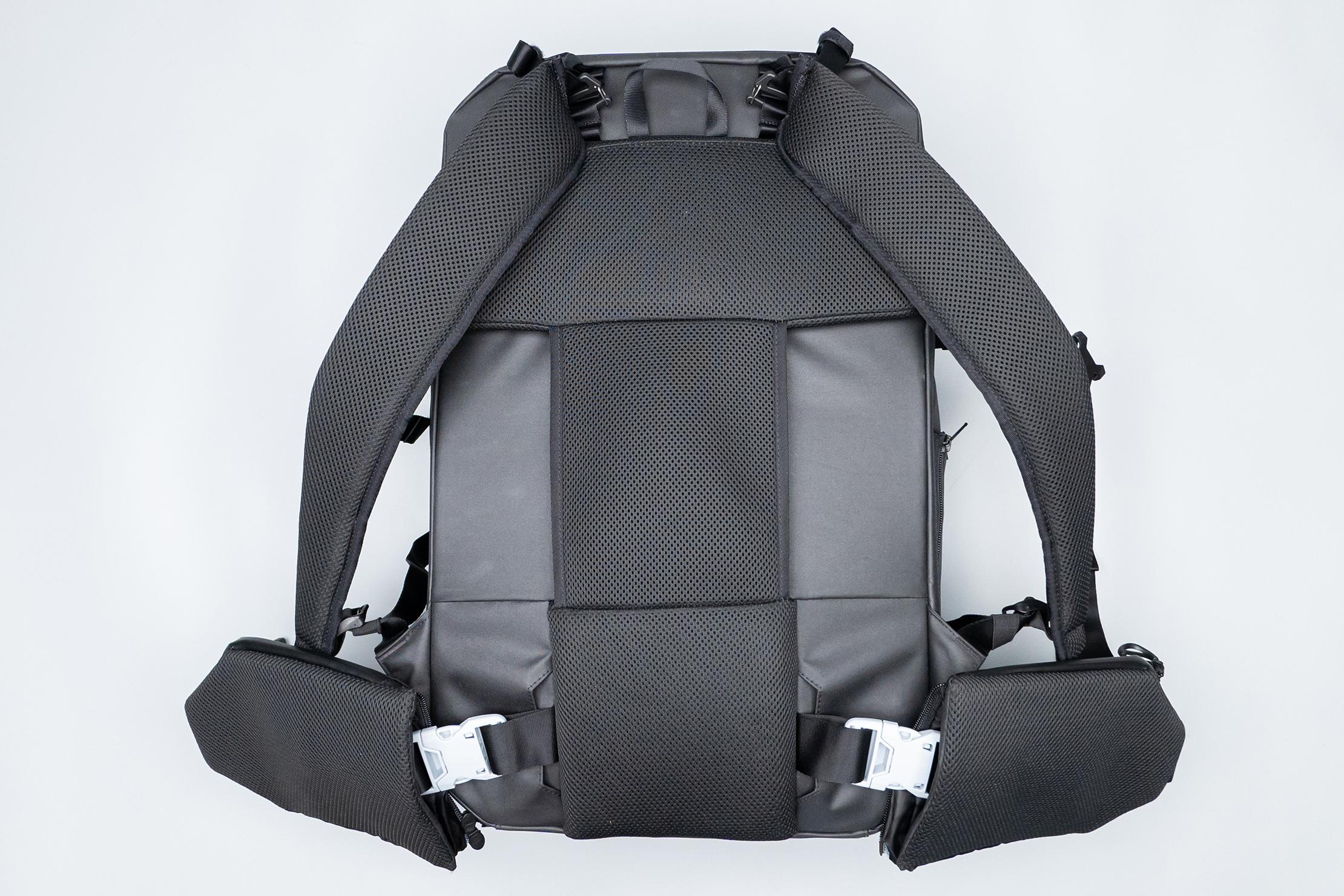 Gravel Backpack Travel System 42L Harness System