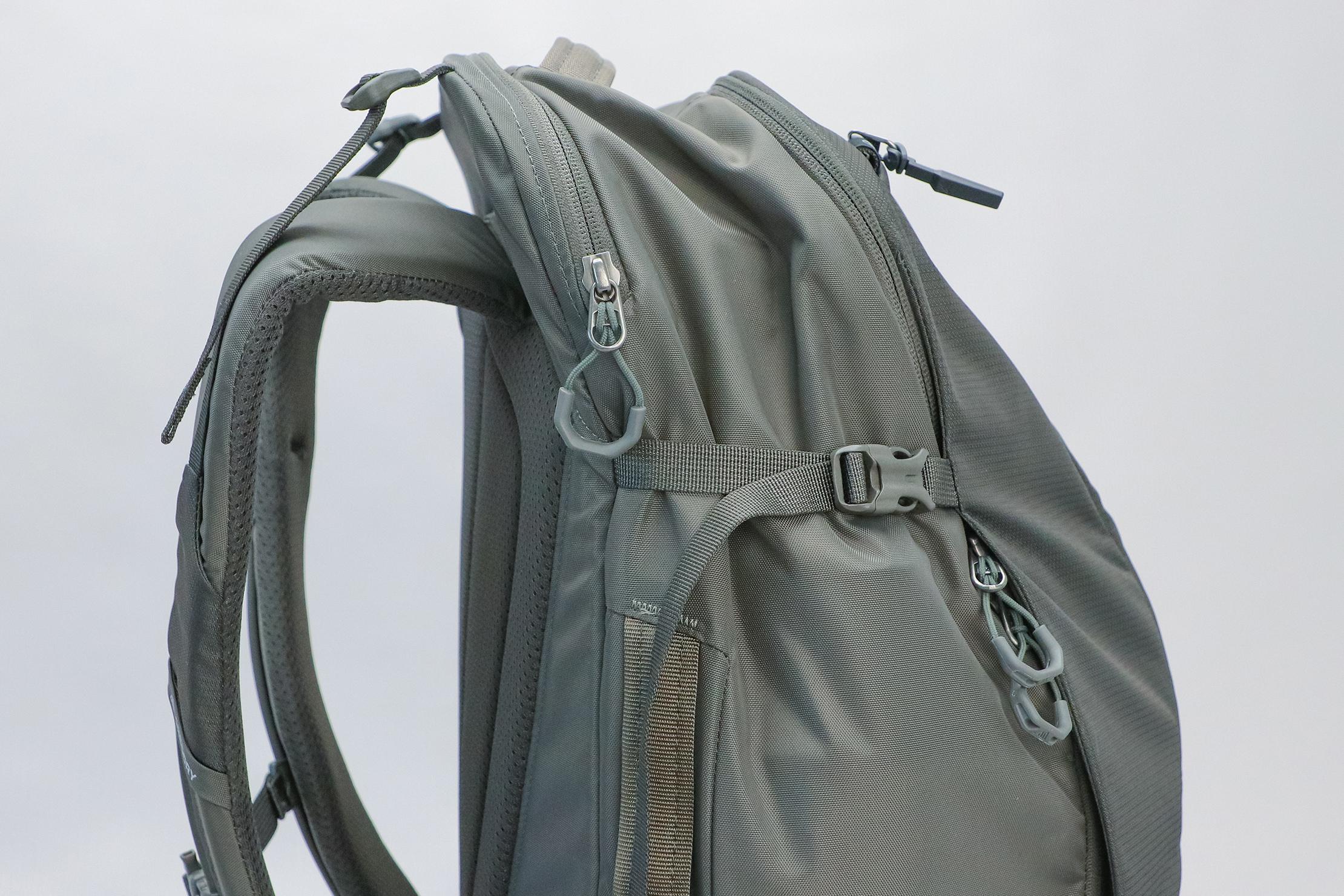 Gregory Detour 40 Backpack Curve